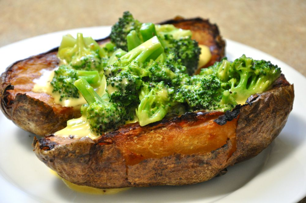 Wallpapers Baked Potato With Cheese And Broccoli