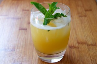 Pineapple Mint Tequila Punch Recipe // Dula Notes