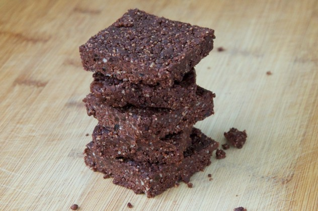 Quick Raw Brownies Recipe // Dula Notes