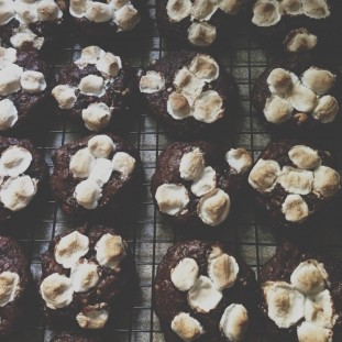 Rocky Road Cookies Recipe // Dula Notes