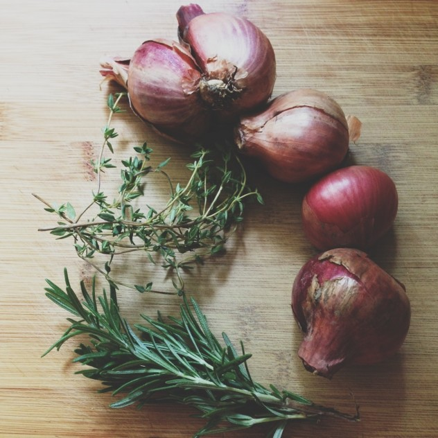 Shallots and thyme // Dula Notes