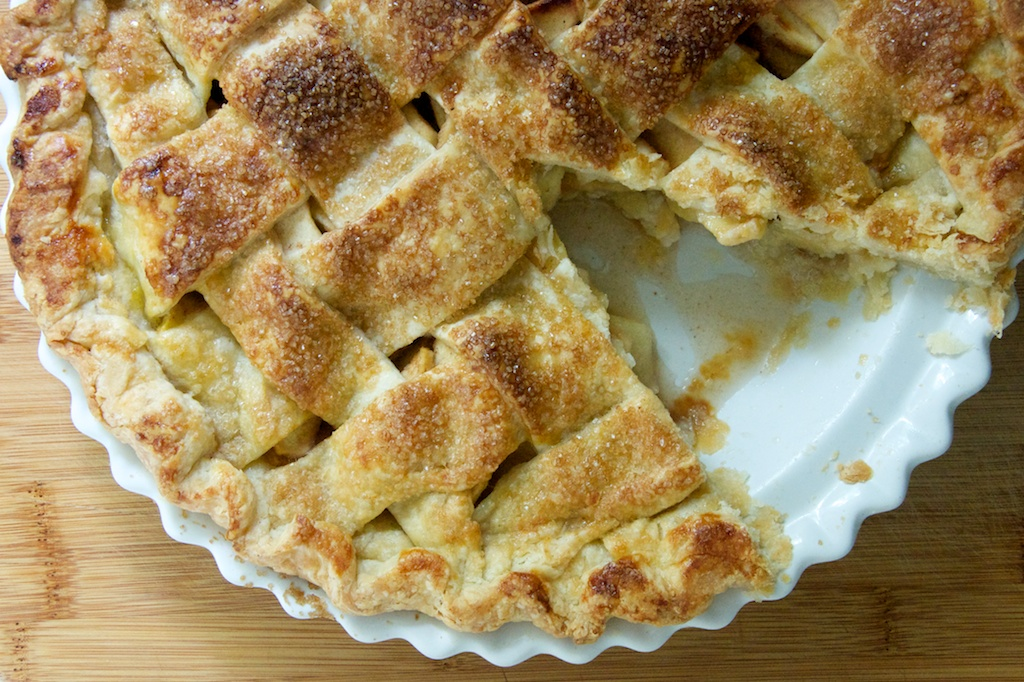 Old-Fashioned Apple Pie with a Lattice Double Crust | Dula ...