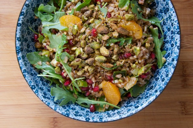 Vegan Citrus Farro Salad with Pomegranate and Pistachios  Recipe // Dula Notes
