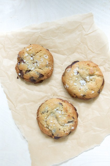 My Favorite Chocolate Chip Cookies Recipe // www.dulanotes.com @nicoledula