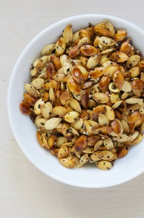 Everything Roasted Pumpkin Seeds // www.dulanotes.com @nicoledula