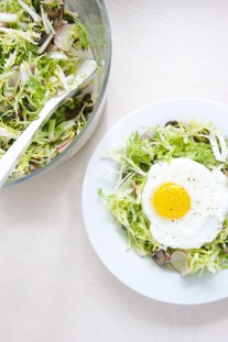 Frisée Salad with Mushrooms and Fried Eggs + Starting Whole 30 // @nicoledula