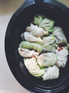 Slow Cooker Stuffed Cabbage Rolls // @nicoledula #whole30