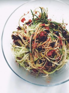 Zucchini Noodles with Puttanesca Sauce Recipe // @nicoledula #whole30