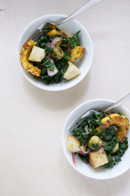 Roasted Autumn Panzanella Salad Recipe // @nicoledula