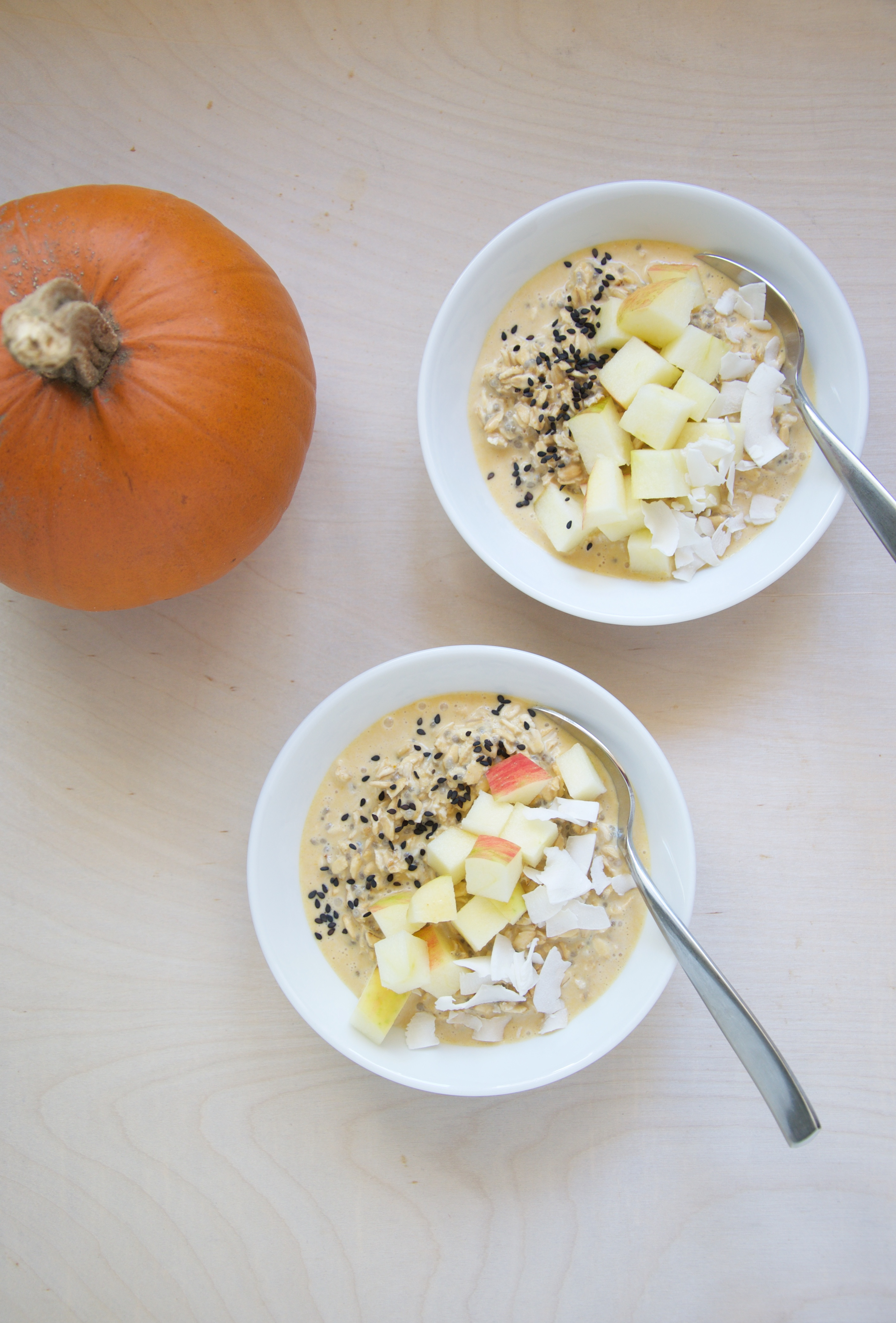 Pumpkin Tahini Overnight Oats Recipe // @nicoledula