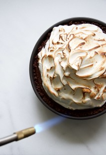 No-Bake Chocolate Cream Pie with Toasted Meringue Recipe // @nicoledula
